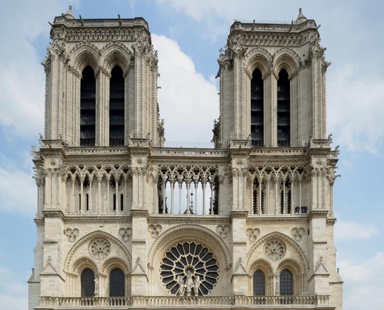 Un amico di San Niccolò per far rinascere Notre-Dame